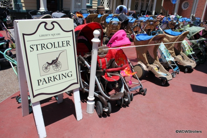 Stroller-Parking-in-Liberty-Square