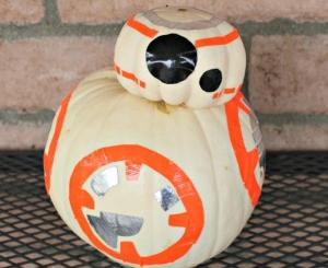 diy-star-wars-bb-8-pumpkin
