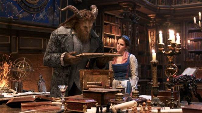 disney-beauty-and-the-beast-movie-tease-today-161114-02_bcfc14e5c923bcf0d8c912d3ca4b1a39.today-inline-large