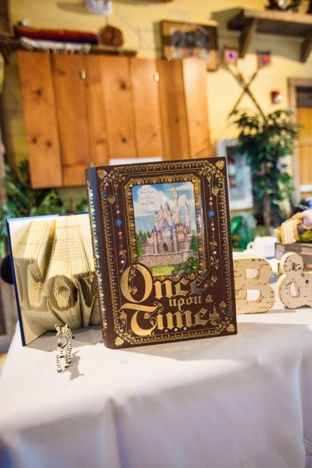 Outdoor-Disney-themed-wedding-inspired-by-couples-favorite-movies-36-683x1024